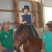 Student-Volunteers-Horse (KS-Nakoma-zip13787)