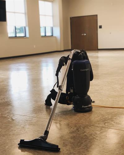 Gallery Image backpack_vacuum_pic.jpg