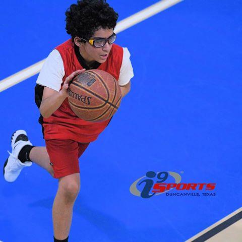 Gallery Image Basketball_Pic_-_Boy.jpg