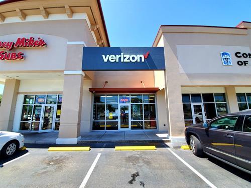 Gallery Image Verizon_Oldsmar_Front_2020.jpg