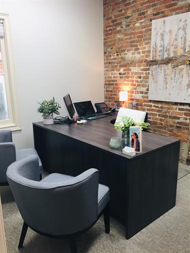 Private Office of Tr4vel Girl. Local Lafayette Business.