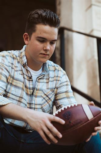 Gallery Image 20190514BRUNSENIORPHOTOS136.jpg