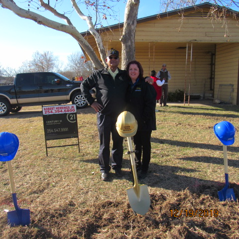Robert and Sherry Lee, Office Manager at Ground Breaking Ceremony December 19, 2019.
