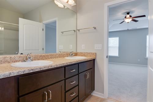 Kelarie Townhome - Bill Beazley Homes