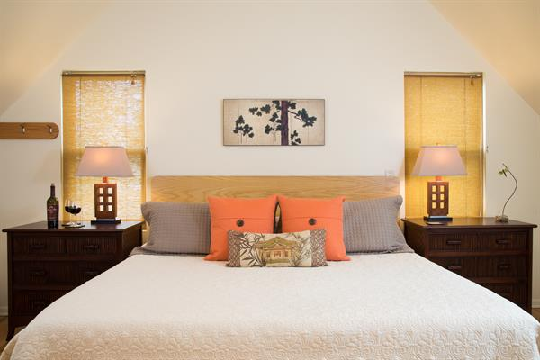 King sized bed in Carriage House