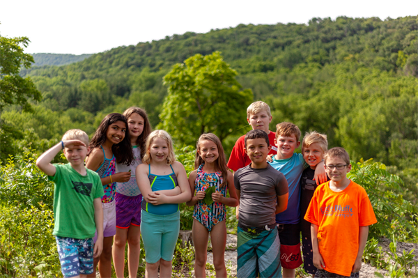 Gallery Image camps-kids-bluffs-overlook.png