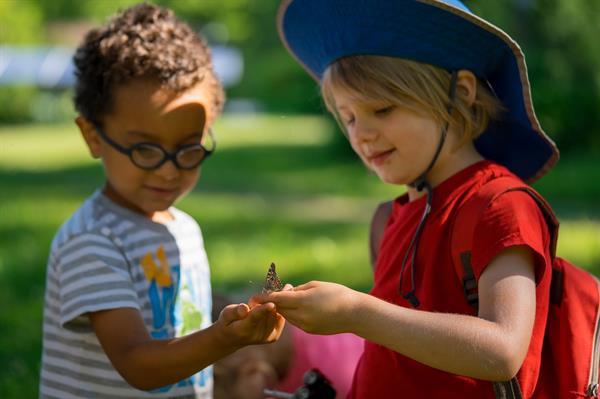Gallery Image preschool-two-boys-butterfly.jpg