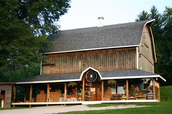 Country Wild Bird Store
