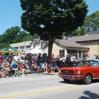 Front row seats for the 4th of July parade