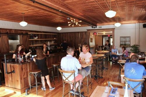 Gallery Image Brandywine_diningroom.jpg