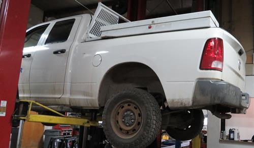 Gallery Image Truck_lift.JPG