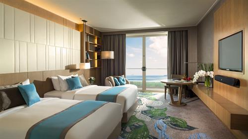 Deluxe Ocean Twin Room