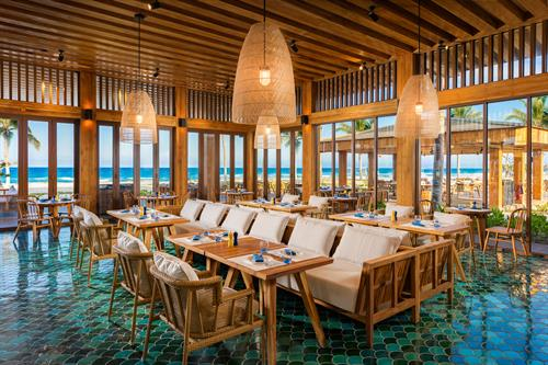 Gallery Image Alma_-_Atlantis_Restaurant.jpg