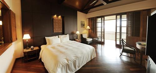 Vietnam_Danang_Furama_Garden Superior, double bed 1