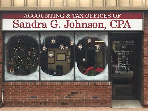 It's beginning to feel a lot like the holidays at SGJ CPA