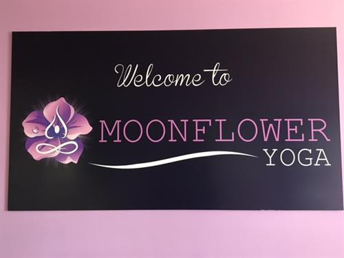 Gallery Image Moonflower_welcome_sign.JPG