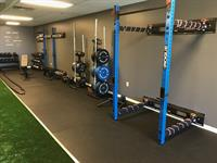Foldable squat racks to accommodate large groups