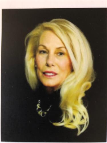 Debbie Hudnall Paragon- Realtors