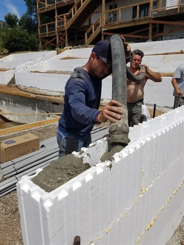 Placing Concrete in a low retaining wall
