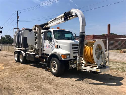 Hydrovac Truck for Sewer Jetting & Hydro Excavating