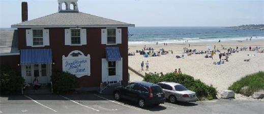 Good Harbor Beach Inn