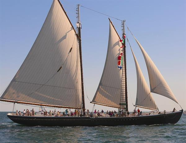 Gallery Image MBarker_2015_Schooner_Festival_Sailing_2.jpg