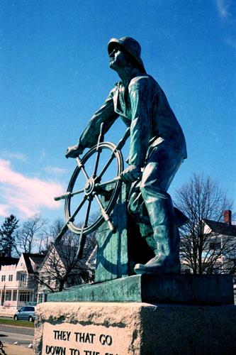 Understand the importance of this iconic Fisherman Memorial Statue by Leonard F. Craske