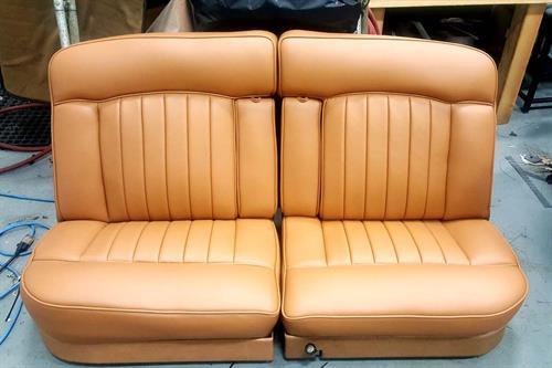 Gallery Image EAS_leather-005_car_horizontal.jpg