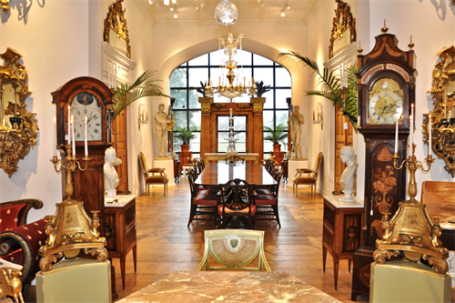 Gallery Image Perim-Lang-Antiques-Essex-MA.png