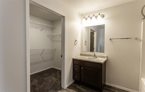 2 bed 2 bath master bathroom