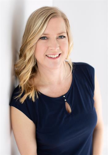 Amber Steinberg, Agent