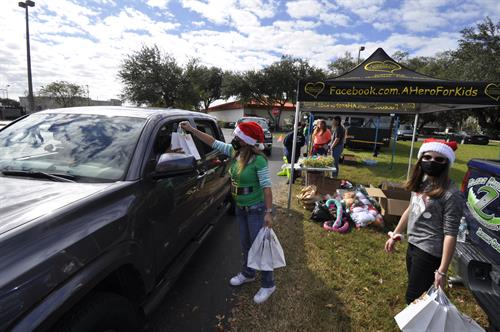 A Hero For Kids Christmas Initiative Provided Gifts to 700+ Local Children!