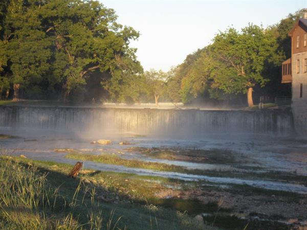 Gallery Image Waterfall_Spring.jpg