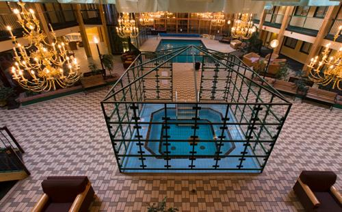Gallery Image Hotel_Atrium_with_Hot_Tub_and_Pool.jpg