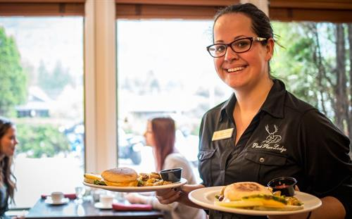 Gallery Image Max_Breakfast_-Park_Place_Lodge_Hotel_Fernie.jpg