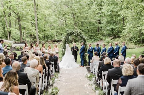 Gallery Image HoltzPhotography_MichelleandAnthony_Highlights_0103.jpg