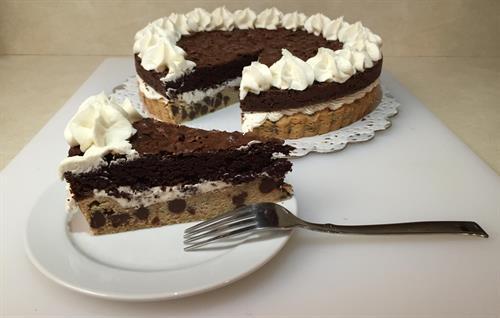 Brookie Cookie Cake
