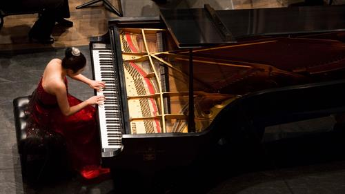 Gallery Image concerto_competition_4.jpg