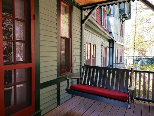 Gallery Image porchswing.jpg
