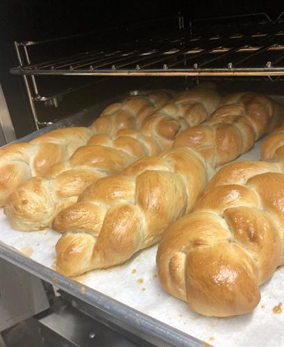 Gallery Image Bread_for_Cadillac_rolls.jpg