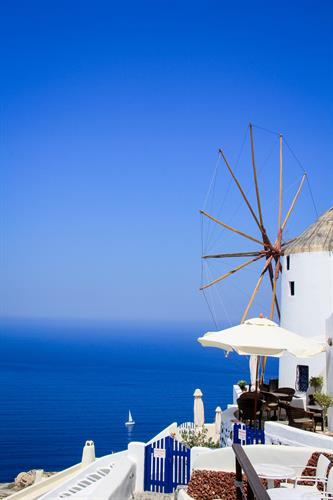 Gallery Image Oia_Santorini_Greece.jpg