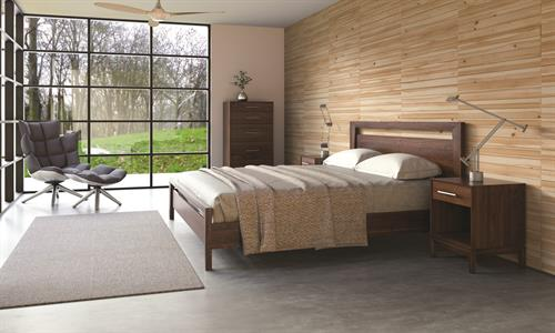 Mansfield Bedroom in solid Walnut