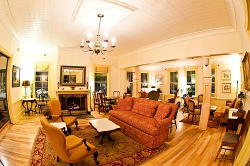 Living Room, Norwich Inn