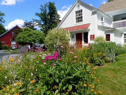 Flowers outside the Inn (Photo by Dana Freeman)