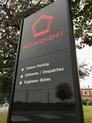 NONWOVENN - MONOLITH