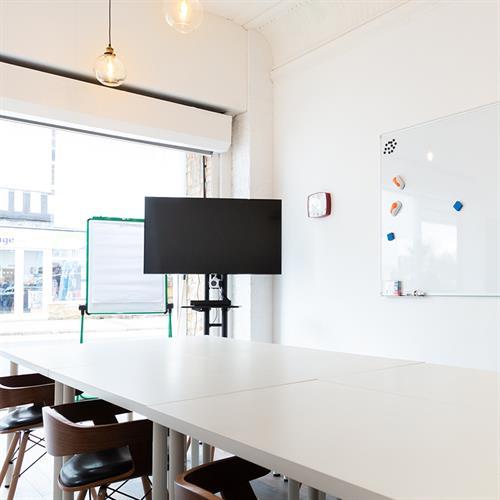 Gallery Image meeting-room.jpg