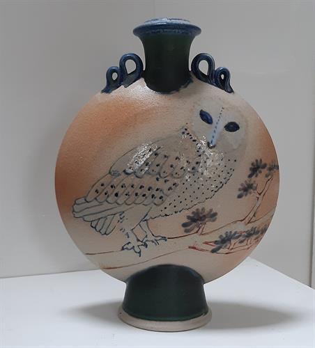 Stoneware Vase handmade by Simon Eeles.