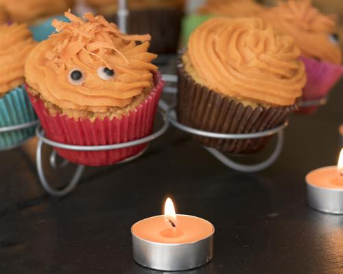 Gallery Image Carrot_and_Pumpkin_Pupcakes_with_Sweet_Potato_Icing.jpg