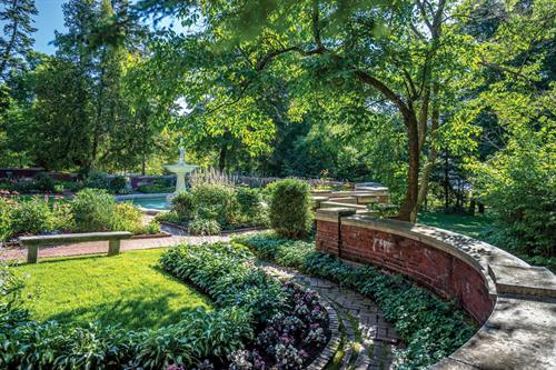 Gallery Image Formal-Gardens.jpg