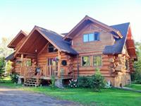 Superior Gateway Lodge Organic Bed and Breakfast